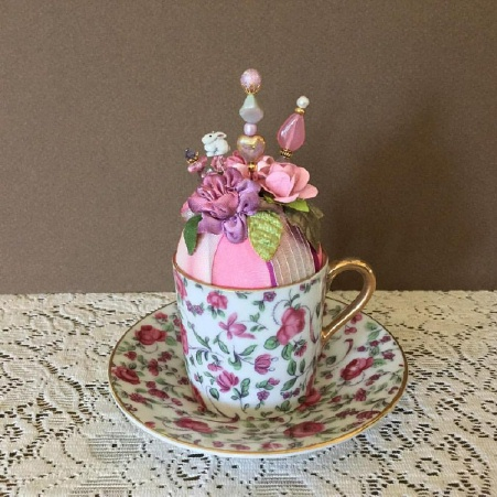Pin-Its Mini Chintz Cup Display - SOLD